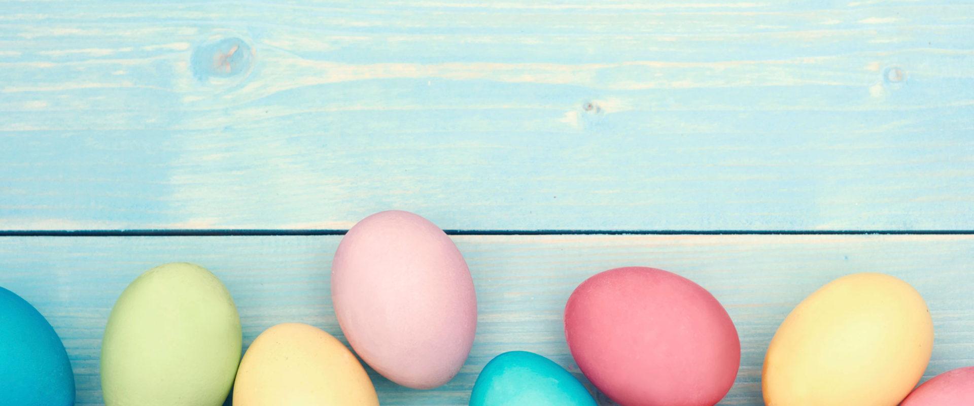01-homemade-easter-egg-dye-eggs